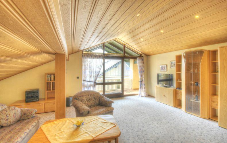 Wohnzimmer in der Deluxe-Ferienwohnung